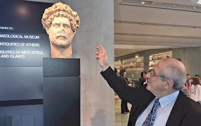 Η λαμπρή Αθήνα του Αδριανού απευθύνεται στο σύγχρονο κοινό, μια ιδέα του Δημήτρη Παντερμαλή