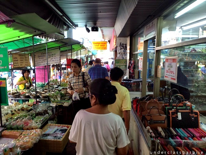 what to eat on Khao San