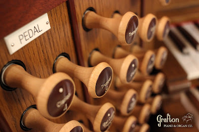 Maple Drawknob stems, Rosewood Drawknob faces
