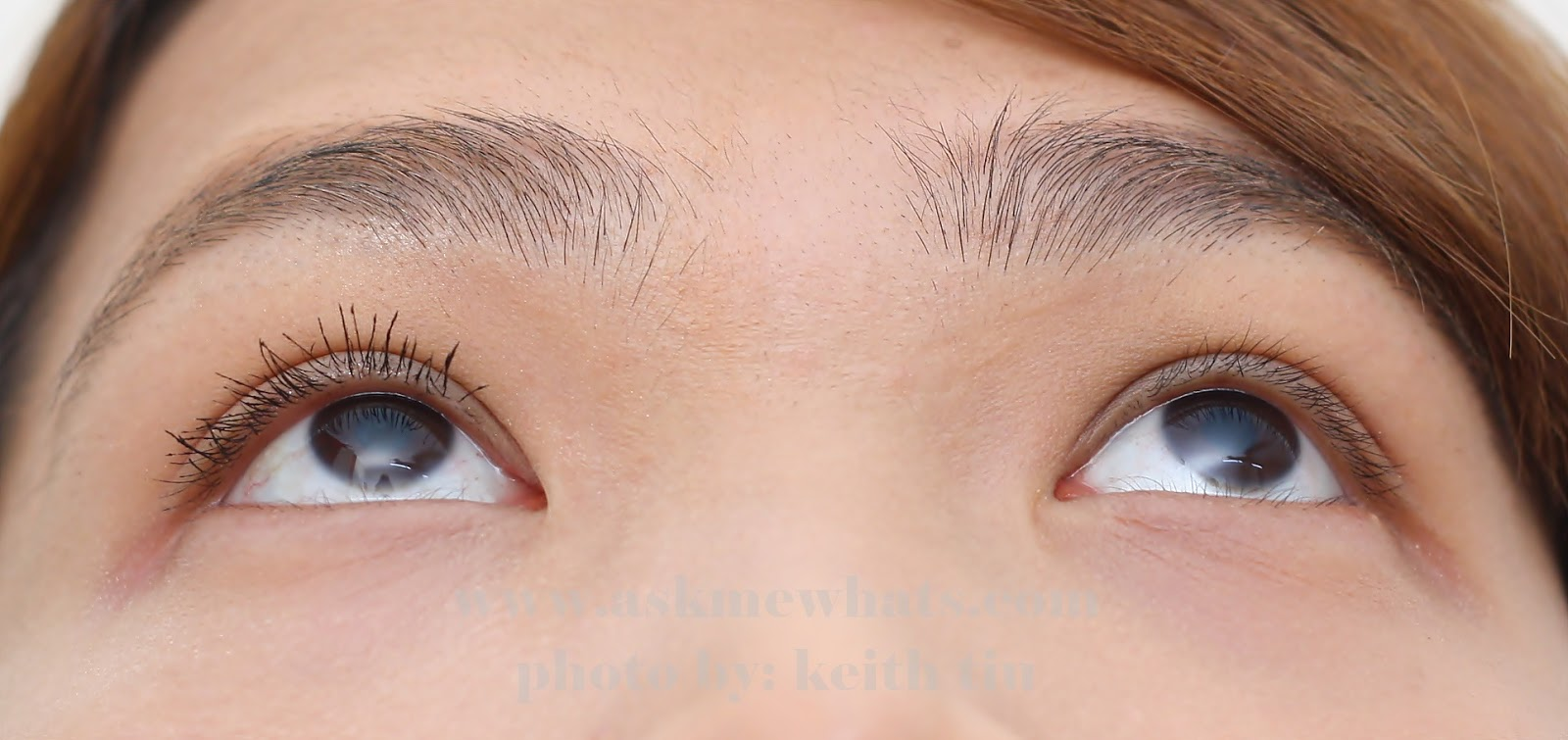 5191544a482 ... Benefit Roller Lash mascara against bare lashes (right facing you).  Front view, there isn't much CURL power seen because my lashes are too  short to see ...