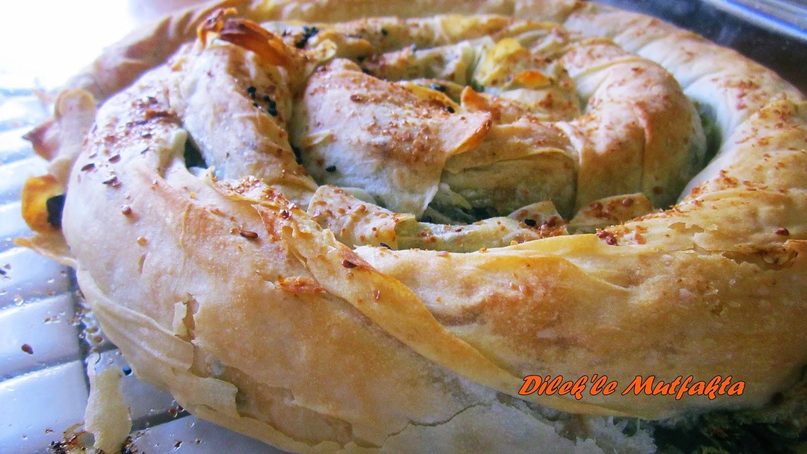 Isırganotlu Ve Enginarlı Börek Tarifi