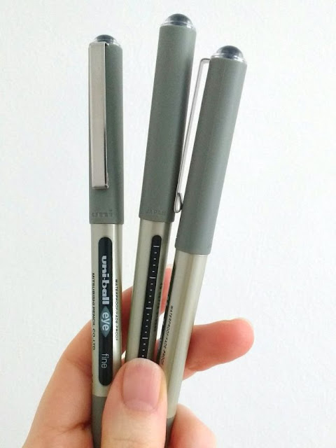 Uniball Eye fine black pens