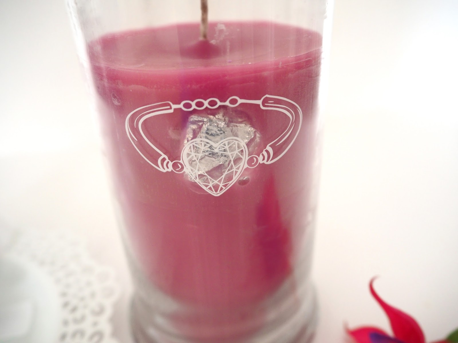 Jewel Candle Review & Giveaway, Katie Kirk Loves, Candle Review, Fragranced Candles, Scented Candles, Lifestyle Blogger, Candle Blogger, Jewellery Inside a Candle