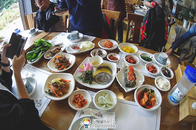 My first impression on Hwa Mok Won 화목원, the dishes are beautiful!!
