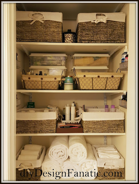 organization, organizing, linen closet, shelving, closet, cottage, farmhouse, diydesignfanatic.com