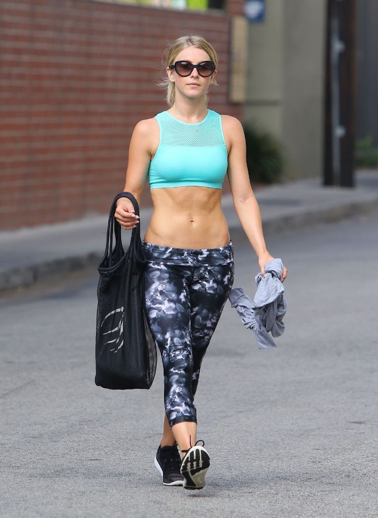 Julianne Hough leaving a gym in los angeles