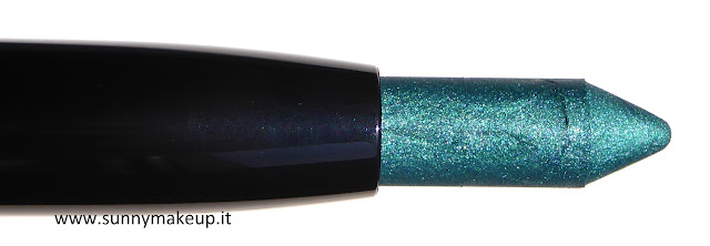 Pupa - Made to Last Waterproof Eyeshadow. Ombretto in stick waterproof 007 Emerald.