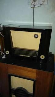 Lapak RAdio Antik : RADIO TABUNG KONDISI ON