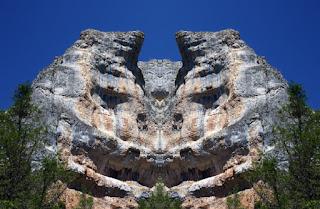 simetría, surrealismo, surreal, piedra, buitreras, gigante, monstruo, grande, rocas, piedras,