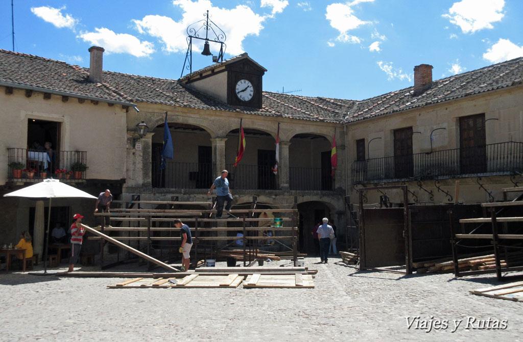 Ayuntamiento en la plaza Mayor de Pedraza
