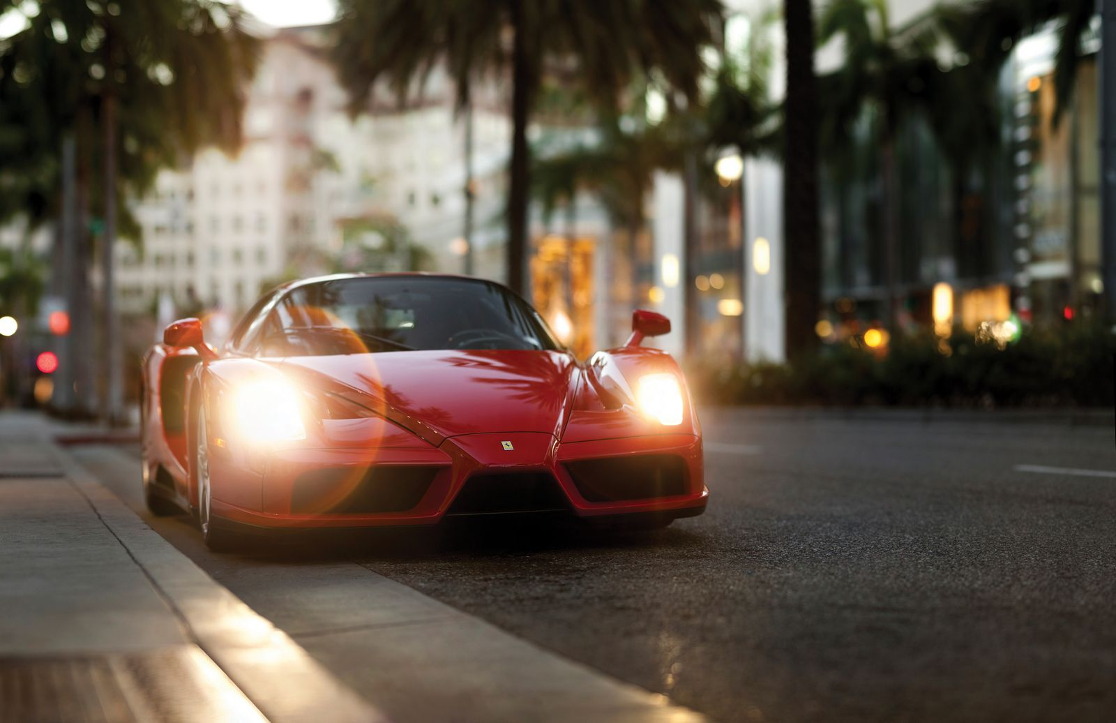 Santa Monica Jeep >> Floyd Mayweather's Ferrari Enzo Sells For $3.3 Million At ...