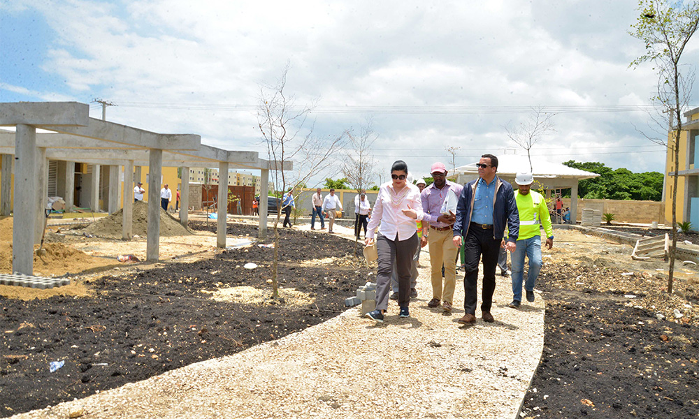 Alternativas para cuidar el medio ambiente ministro de for Proyectos de construccion de escuelas