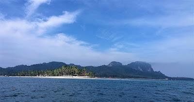 Foto van het eiland Ko Mook, oftewel Koh Muk