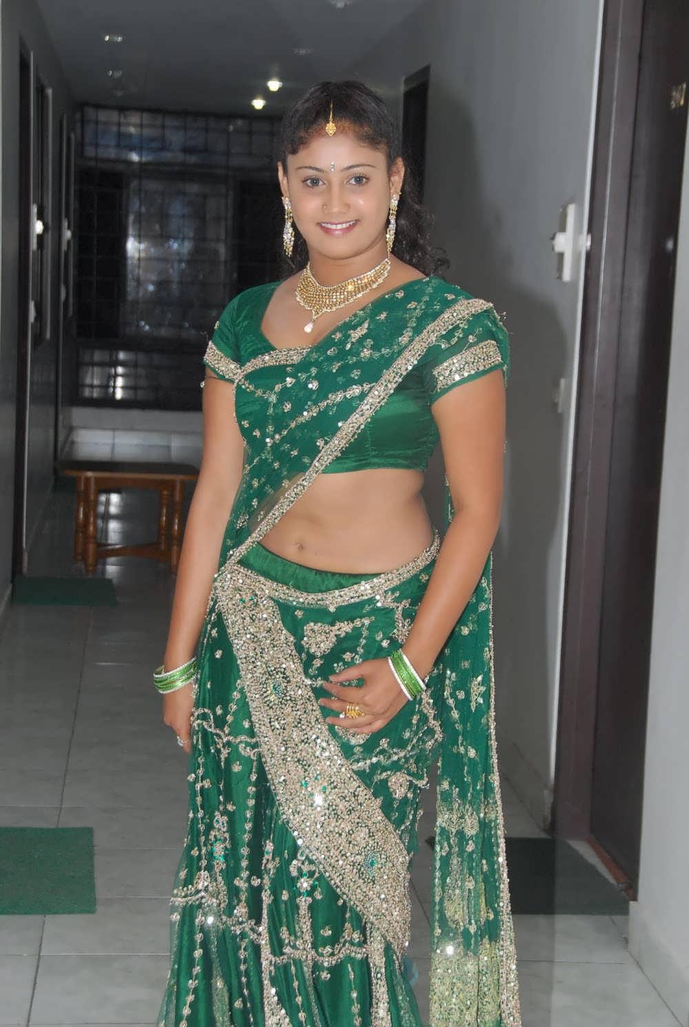 Telugu Actress Amrutha Valli Exclusive Green Saree Pics