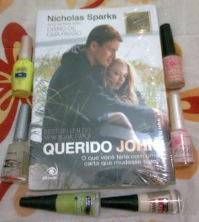 http://www.carolnarede.com/2011/04/3-sorteio-do-blog-livro-querido-john-6.html