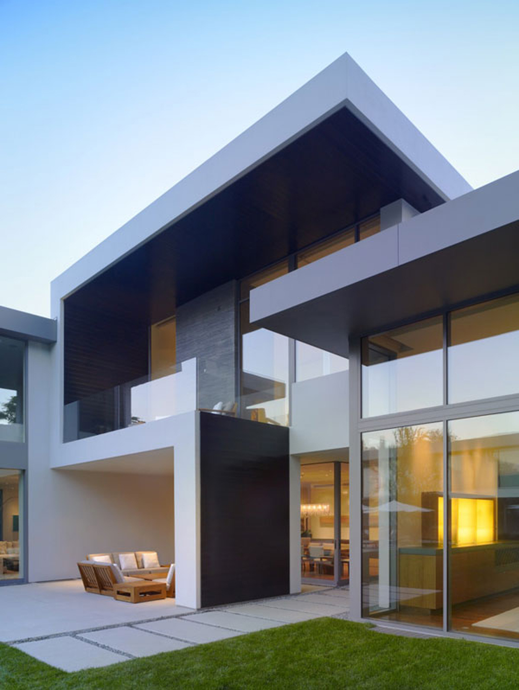 Contemporary House Design With Exterior Ceramic Panels And: Architecture Villa Image: Architecture Design For Home