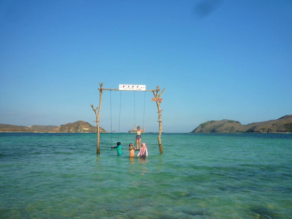 wisata pulau lombok Pantai Tanjung Alan