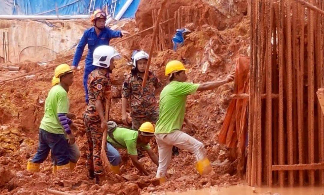 tanah runtuh Tanjung Bungah