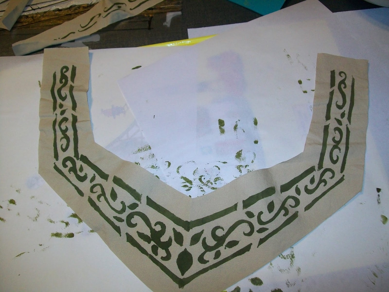 Making Rivendell in the Desert: Tutorials in Stenciling ...