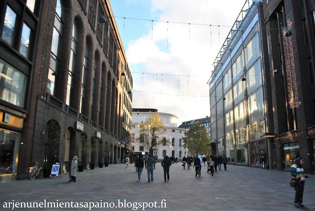 Helsinki, keskusta, syksy, lokakuu, kävelykatu,