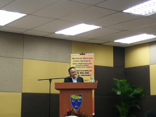 Tan Sri Dato' Dr Rozali Ismail