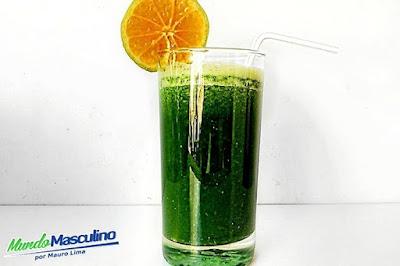 Suco Emagrecendo  Laranja + Couve + Limão