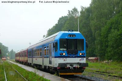 Wagon motorowy 843.029-0 na stacji Jesenik