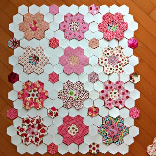 Pink Hexie Quilt - Tutorial