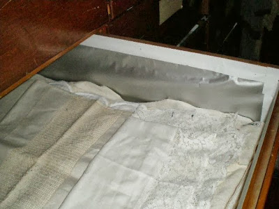 Marvelseal, archival materials, art conservation of textiles, prevention of acid migration,
