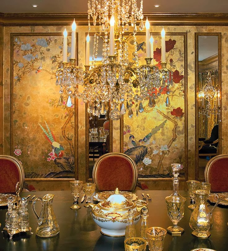 Gold Dining Room: Antique Homes And Lifestyle: Wallpaper Wednesday