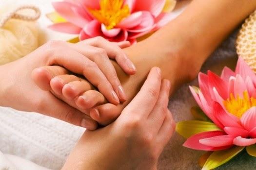 masaje para aliviar el dolor de pies