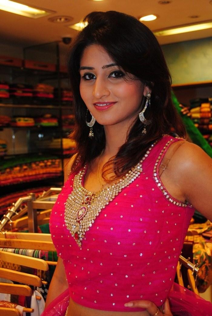 Bollywood Actress Photos, Hot Tamil Actresss Photo: Shamli.
