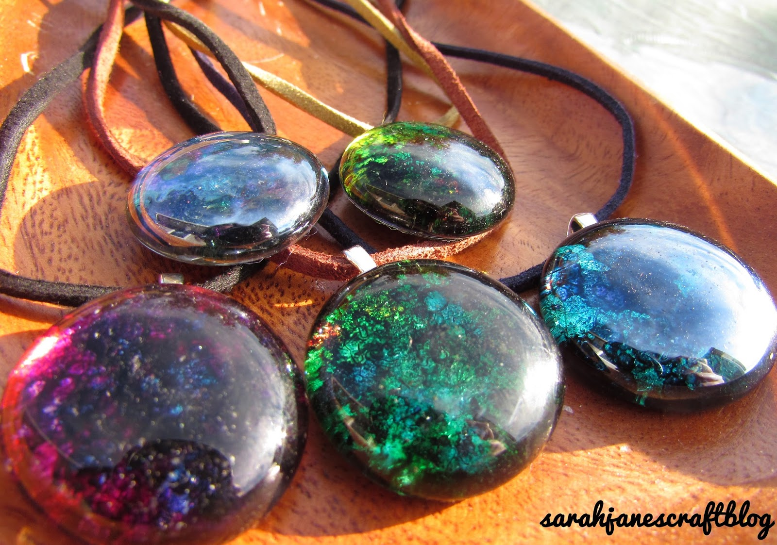 Sarah jane 39 s craft blog foil tape backed alcohol ink for Glass jewels for crafts