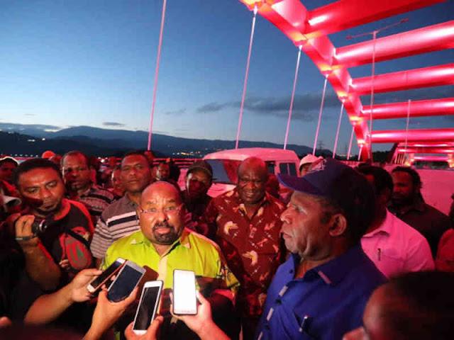 Pemprov Papua Rombak Pemasangan Lampu Jembatan Hamadi – Holtekamp