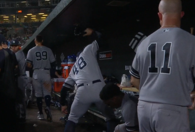 Tommy Kahnle flips out in Yankees dugout vs Orioles 8/5/2019