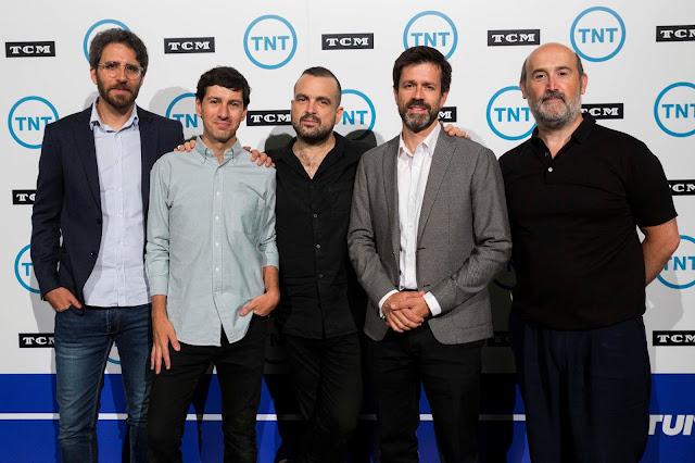 Nacho Vigalondo y Javier Cámara en la presentación canal TNT y TCM