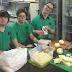7 amigos con Síndrome de Down crearon una empresa de comida a domicilio y son un éxito