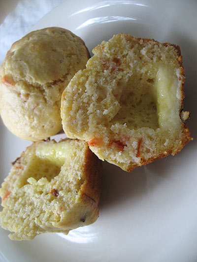 Tomato Cornmeal Muffins with Cheddar Cheese