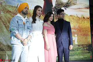 Anushka Sharma with Diljit Dosanjh at Press Meet For Their Movie Phillauri 055.JPG