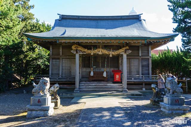 野島崎・厳島神社の拝殿