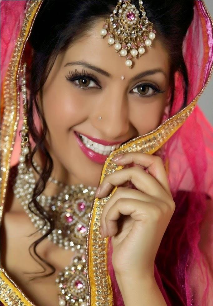 Gurleen Chopra Photo Shoot Photos