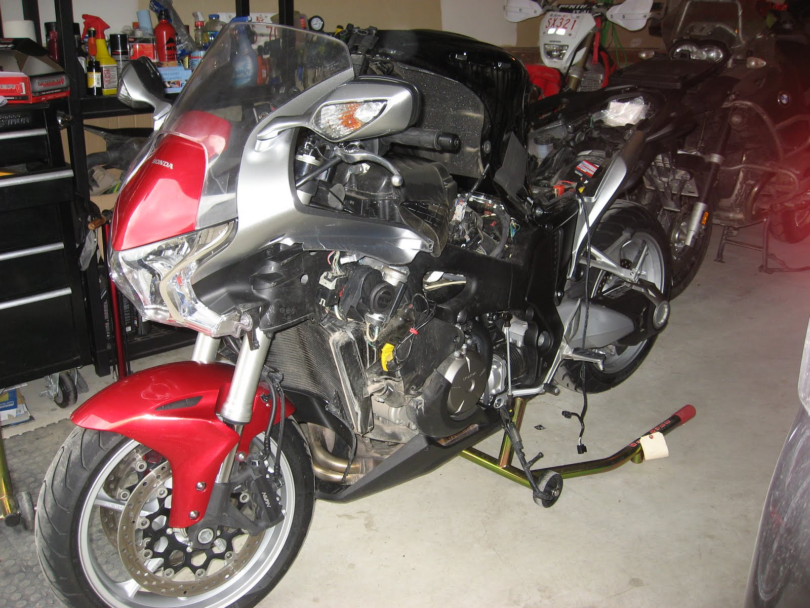 Honda VFR1200F 2014 (Спорт-Туризм), обзор и фото мотоцикла ...