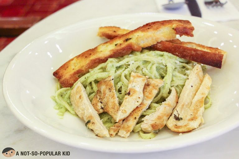 Creamy Pesto Chicken of Cafe Maxims
