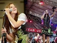Cewek australia ciptakan lagu BATAK dan cinta akan Budaya batak