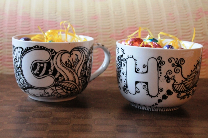 Kikis kandyland zentangle mugs as easter gifts after hours of painstaking messiness i cooked em and filled them with easter grass and some chocolate eggs i think they make a funky little gift for negle Images