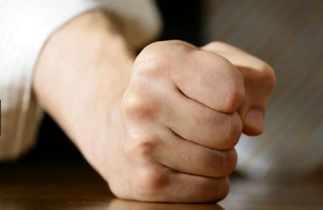 Ayat Alkitab  Yang Menguatkan Kita Saat Merasa Marah