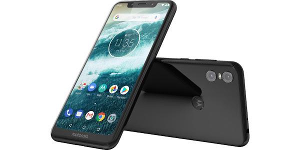 Motorola One (2)