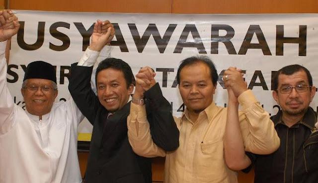 Nah Lo...PKS Benarkan Ayah Ketua Dewan Syuro Hilmi Aminuddin Mantan Panglima DI/TII Wilayah Pantura