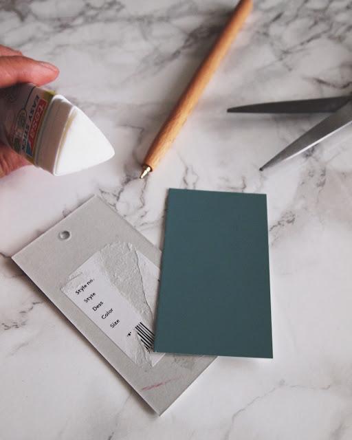 Miljøvennlig tips: gjenbruk fargekart og dekk til stygge partier på kleslappen