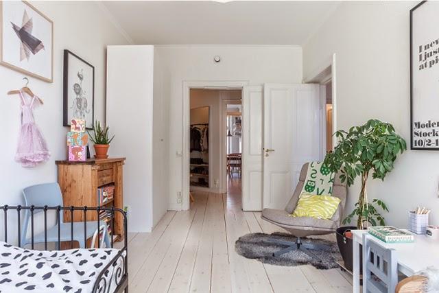 habitacion-neutra-blanco-madera-infantil-tutu